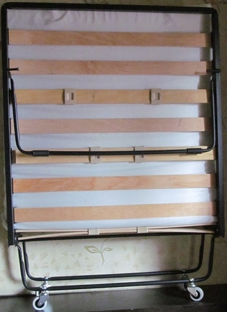 Раскладушка LUX (на ламелях)